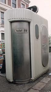 Nâng cấp ngành du lịch với việc cải thiện nhà vệ sinh công cộng